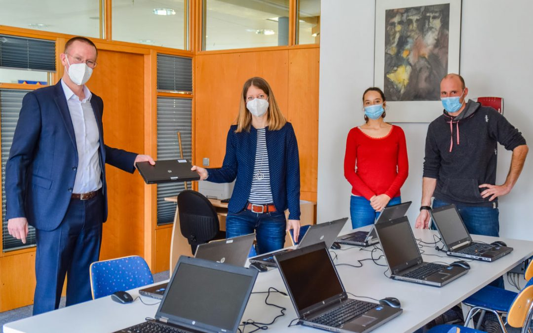 Multivac spendet IT-Ausstattung an Memminger Elsbethenschule